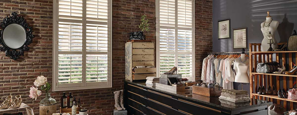 white-standard-hinge-vinyl-shutters-with