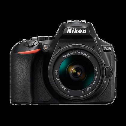Nikon D5600 +18-55mm