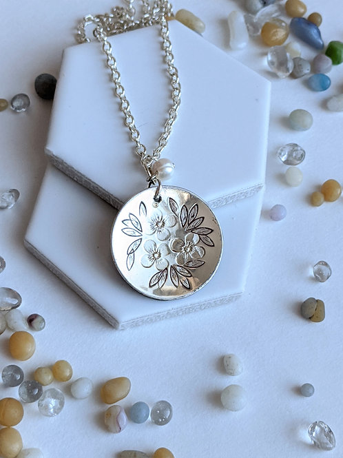 Silver Etched Flower Necklace