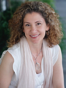 Nicole Leighton