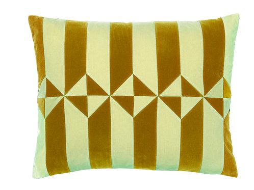 Olivia 50x60 #golden olive/sage