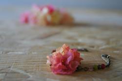 Bracelet fleurs corail rose jaune