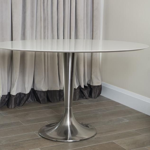 Marco Marriott Room Table Alone.jpg