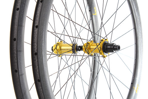 TUNE Schwarzbrenner 45C Skyline Disc road wheelset (black hubs)