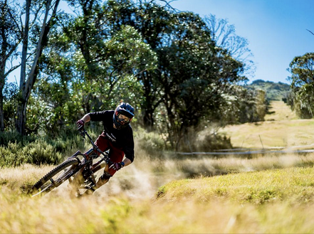 Co_lab Racing Team's Scott Graham wins DH on 130mm trailbike