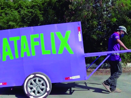 Catadores ensinam como fazer a destinação correta de resíduos em programa no Youtube