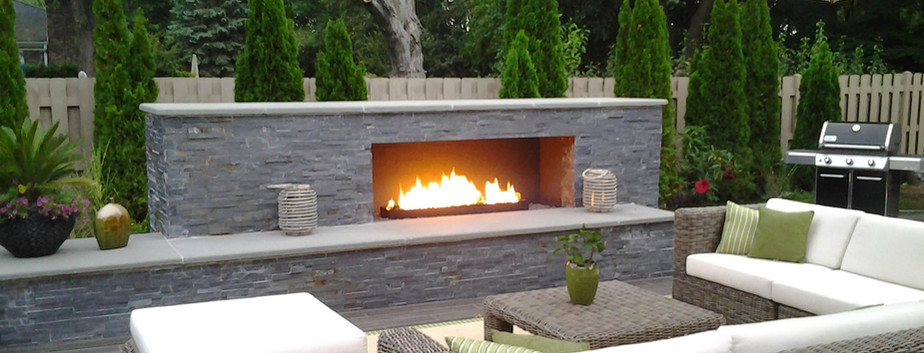 Outdoor Hardscape & Fireplac