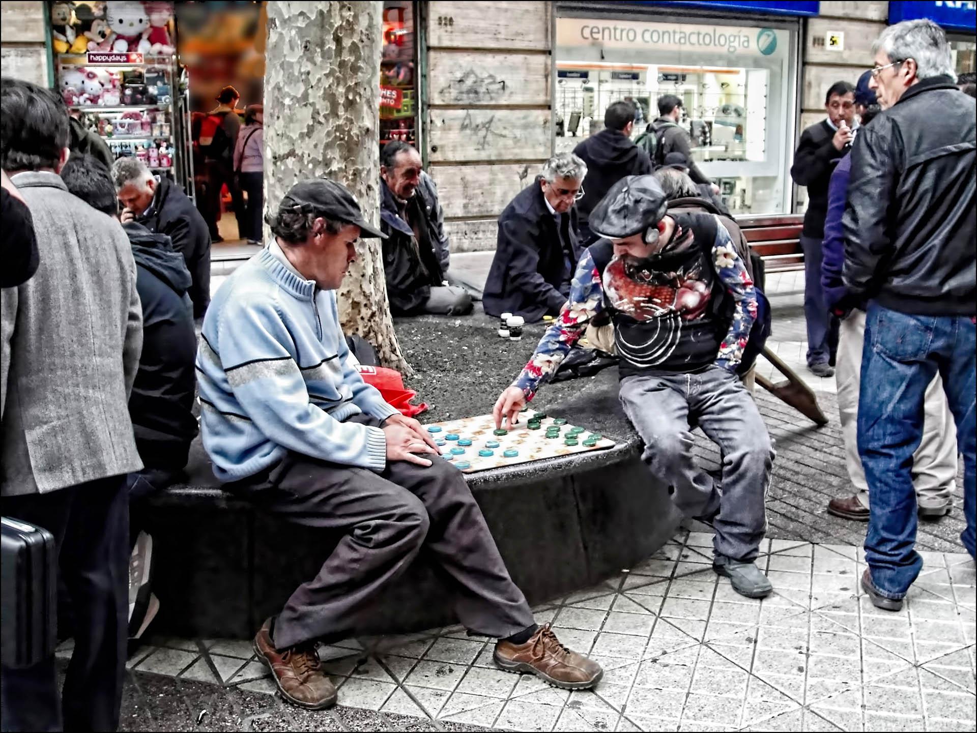 castillo.tournament at street corner in Chile