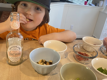 Fun, relaxed ways to get your young eaters to try new things!
