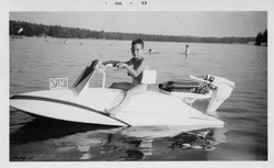Frank-Krantz-7-1963-Small-Speedboat-1