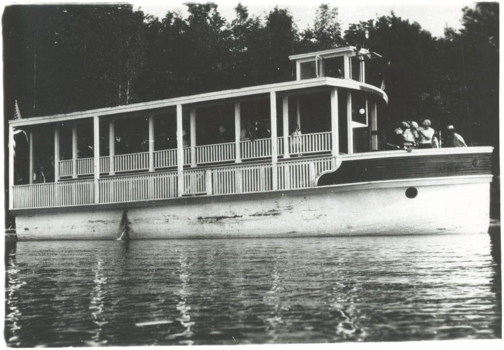 Frank-Krantz-Spirit-of-Newton-Lake-Boat-