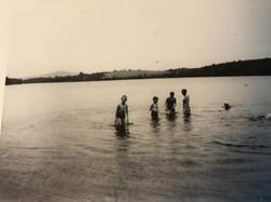 Frank-Krantz-Swimmers-at-Beach-1