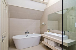 Brittons Farm Estate - Bathroom