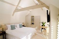 Brittons Farm Estate - Courtyard Bedroom