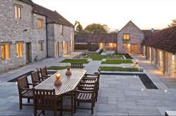 Brittons Farm Estate - Central Courtyard