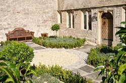 Brittons Farm Estate - Front Garden