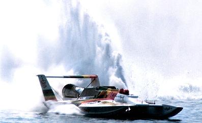 1987 U-8 Mr. Pringles MH 8408 rcboatcompany.com .jpg