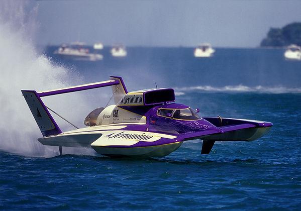 2000 U-5 Appian Jeronimo MH 9210 rcboatcompany.com .jpg