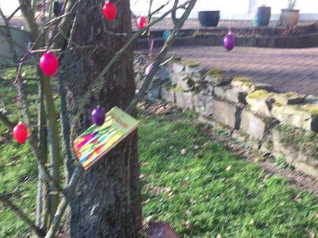 Der Kinderbuchosterbaum