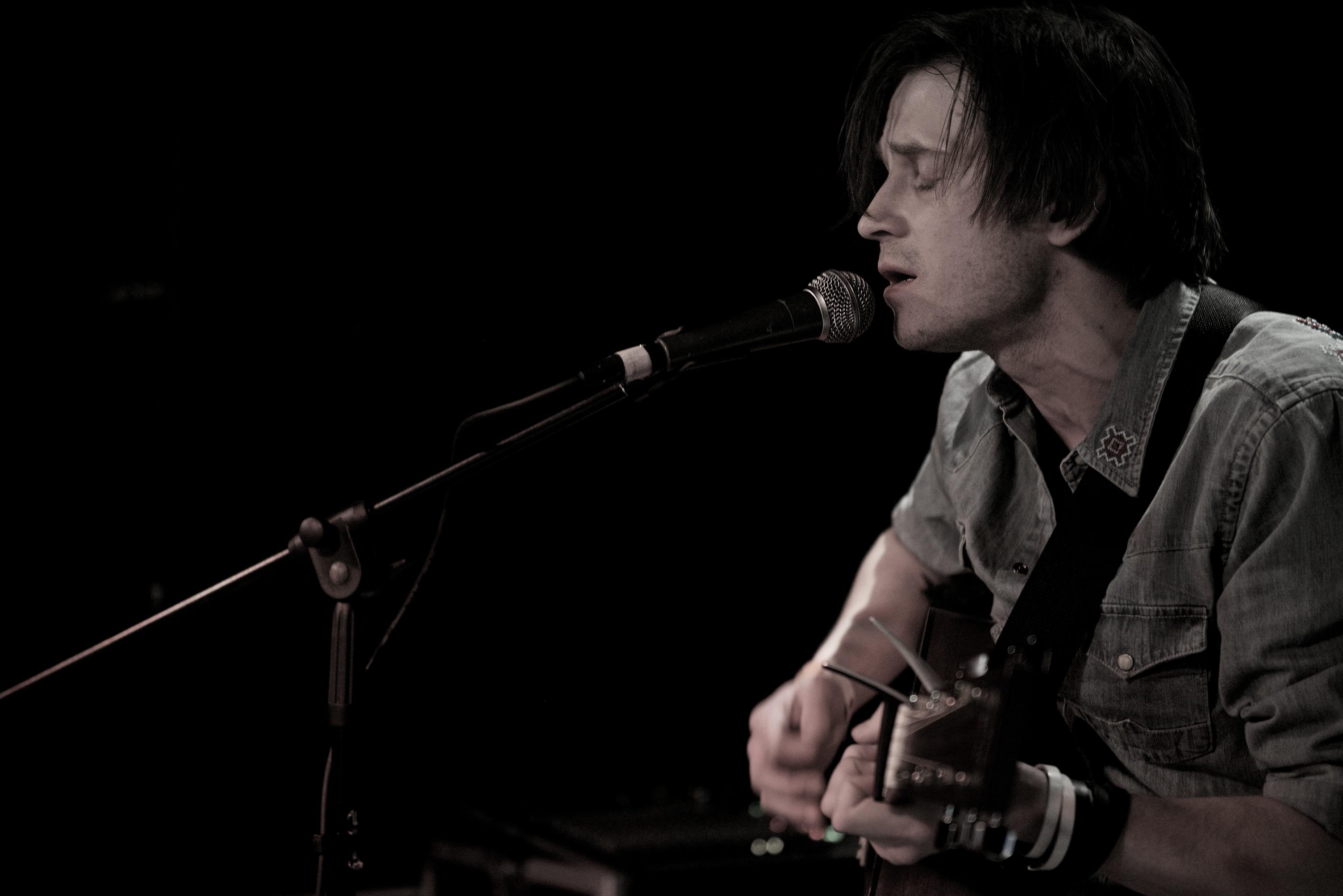 Dan Rose live 4
