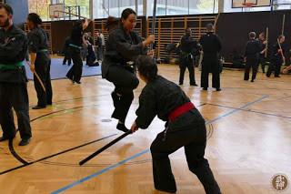 Chiara e Francesca mentre si allenano