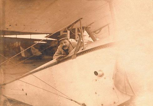 Charles Hallo 1914-1918.jpg