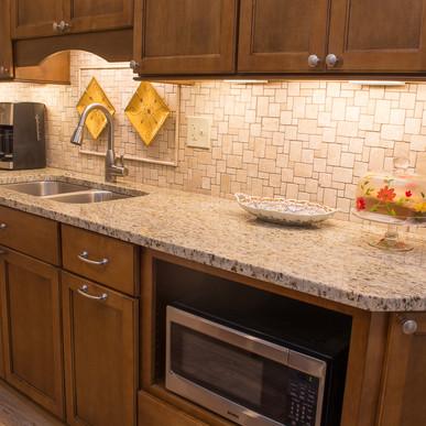 kitchen (6 of 12).jpg