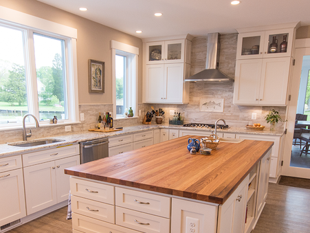 Popular Countertop Trends in Today's Luxury Kitchens