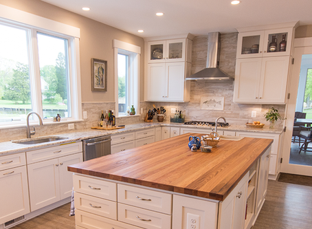 Popular Countertop Trends in Today's Luxury Kitchens