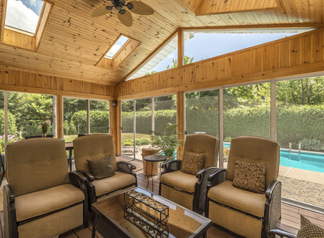 Discover the Different Kinds of Deck Enclosure