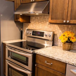 kitchen (8 of 12).jpg
