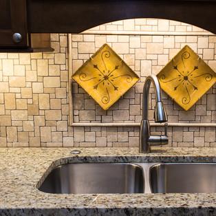 kitchen (10 of 12).jpg