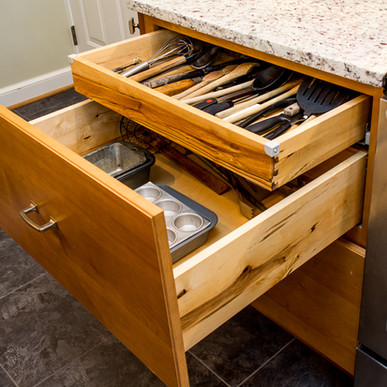 drawer (2 of 2).jpg