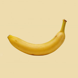ripe-banana-on-a-colored-background_9606