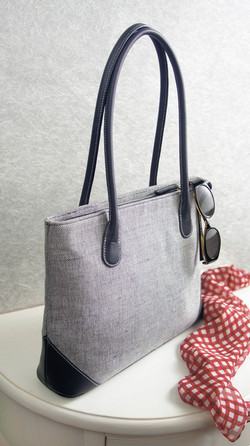 handbag crop - Copy