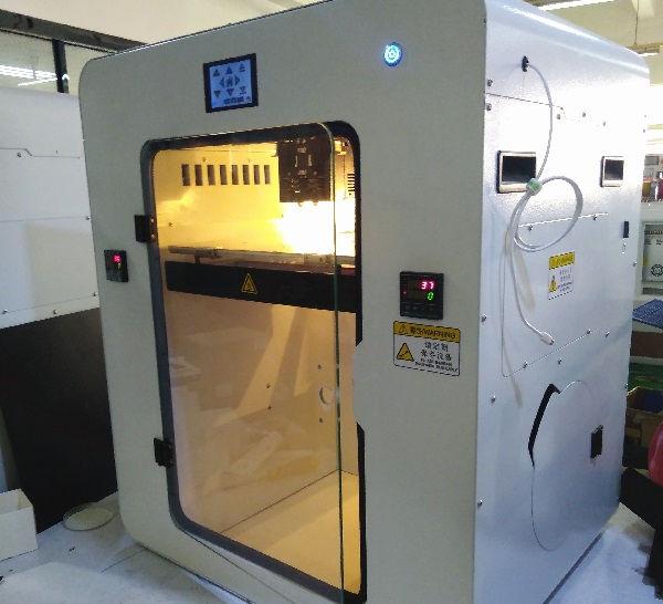 Промышленный 3D принтер по пластику (2).