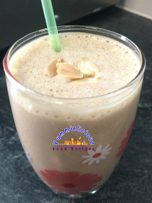 Creamy Garri (Garium Sulphate) and Peanut Smoothie - Truly Original!
