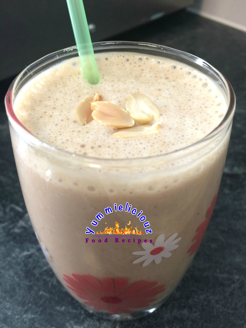 Creamy Garri (Garium Sulphate) and Peanut Smoothie - Truly Original!