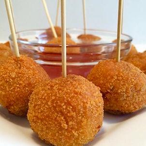 Crispy chicken balls by Ymmieliciouz Foo