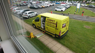 Commercia carpet cleaning