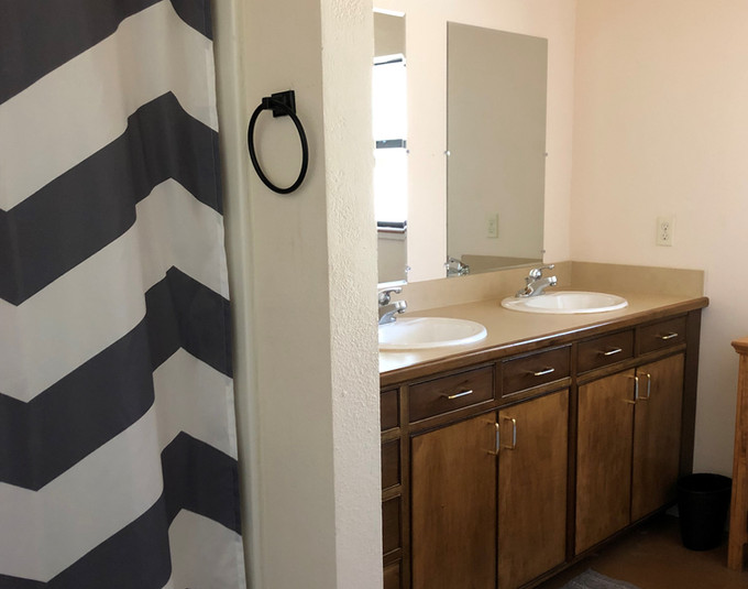 CROPPED SQUARE BATHRM DOUBLE VANITY FROM