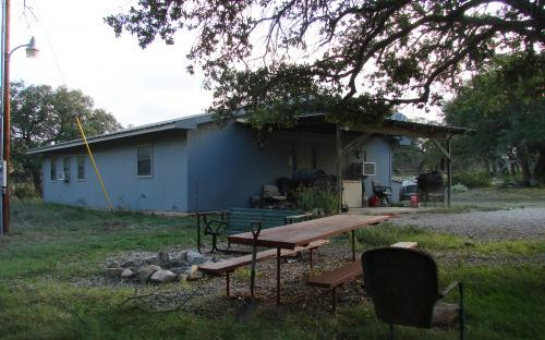 SIDE VIEW AND PICNIC TABLE Jetton Ranch