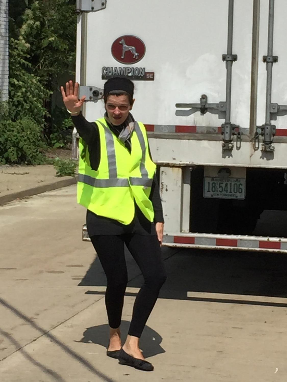 Brenda Kim Stops Traffic 2015-9-22-15:36:57