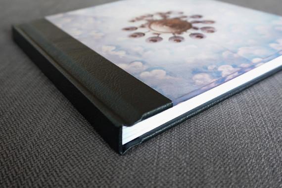 Fotobuch «Above our Heads», Cover Acryl+Leder