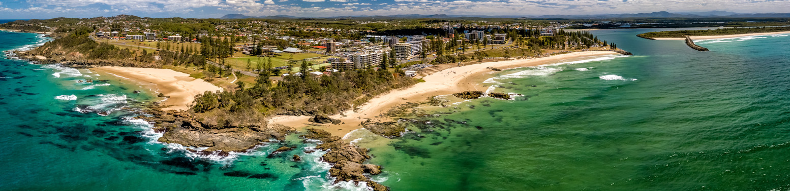 Town and Oxley Beaches