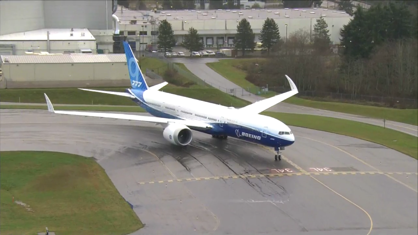 777X First Flight with winglets up