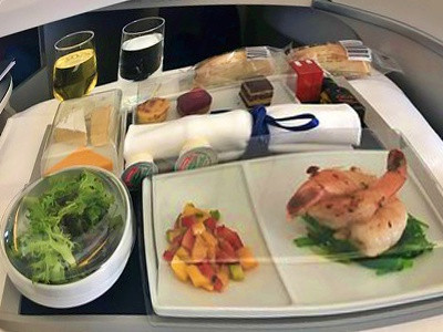Air France # Flight Review • AF275 | PPT-YVR-CDG | B772 • Business Class