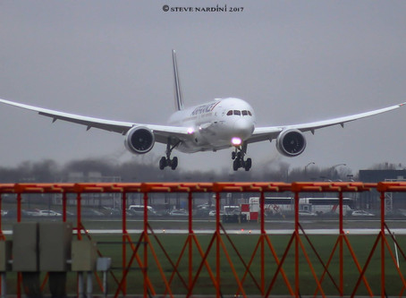 AIR FRANCE'S NEW B787 LANDING TO MONTREAL!