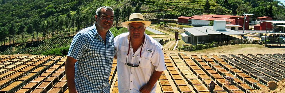 Increíble vista de Camas Africanas en Finca Los Pirineos de Productor Gilberto Baraona