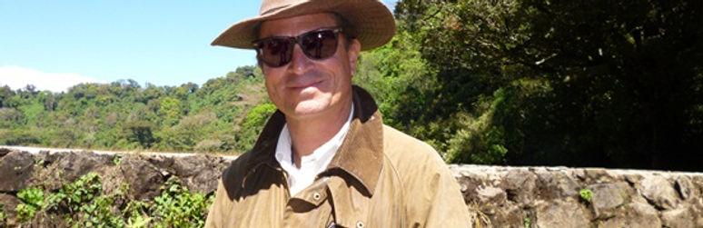 Productor estrella de El Salvador Carlos Batres en su Finca Montecarlos